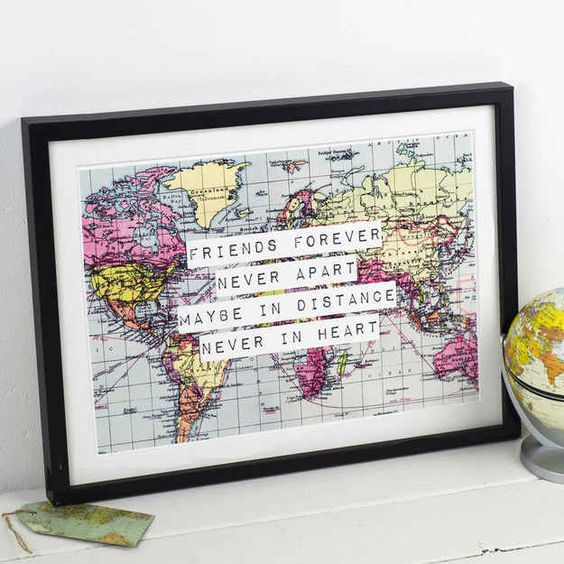 This perfect print for long-distance BFFs.