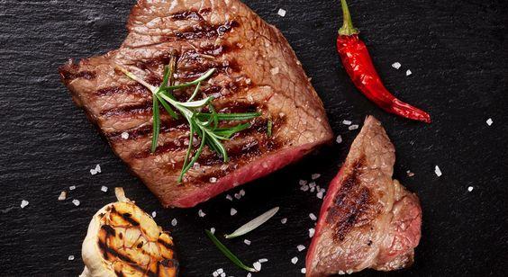 """Dopo la corsa, andate """"di corsa"""" a preparavi questo meritato barbecue! 🍖 HOP HOP🏃  #LeIdeediAIA #AIA #BBQ #barbecue #hamburger #spiedini #costine #love #cook #food #foodie #cooking"""