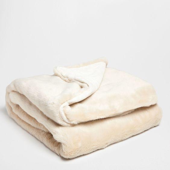 Cream Fur Blanket - Blankets - Bedroom | Zara Home United Kingdom