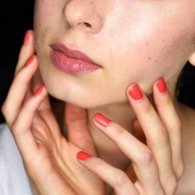 7 ways to make your manicure last