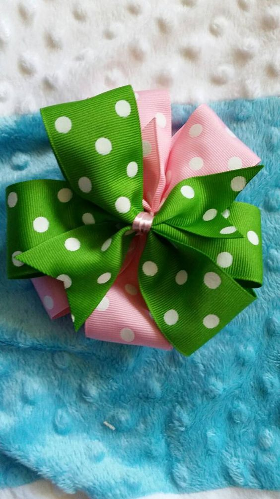 Check out this item in my Etsy shop https://www.etsy.com/listing/264541750/easter-bow-pink-and-green