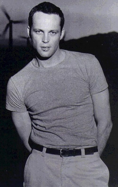 Vince Vaughnm , played in the movies Psycho, Old School
