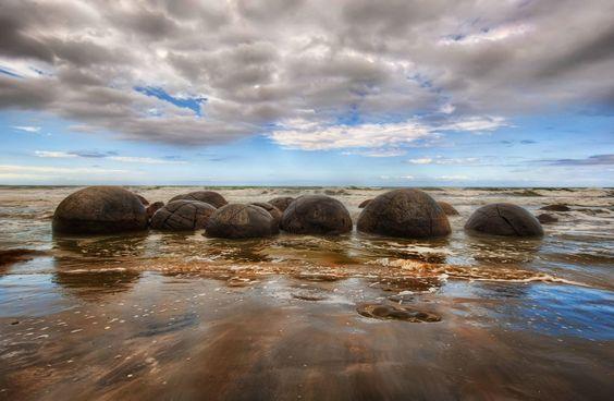 Moeraki Boulders - Koekohe Beach in Moeraki
