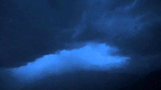 Blaue Regennacht am Lago Maggiore
