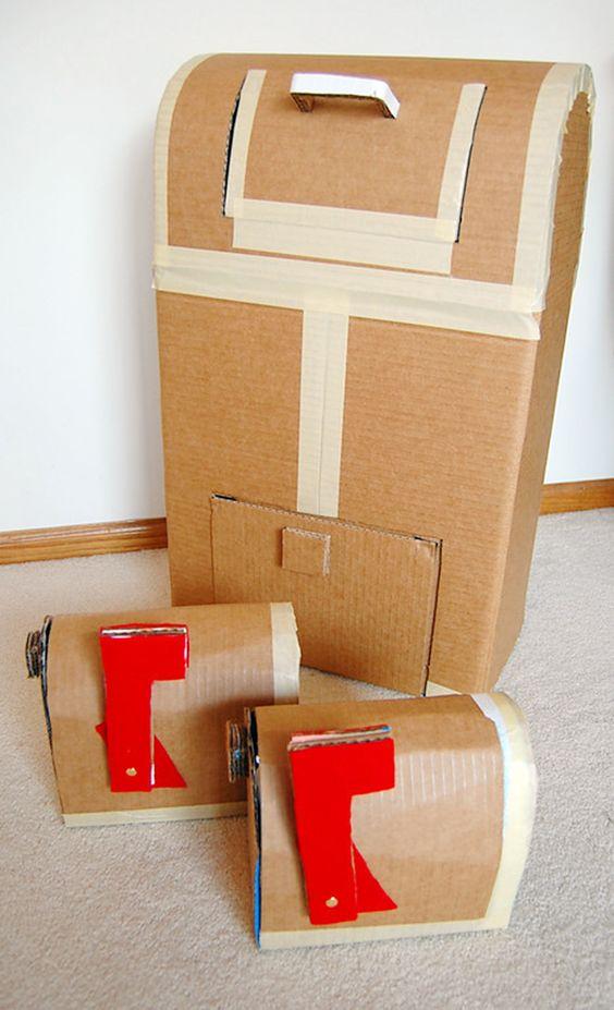 Roundup 12 Cool Diy Cardboard Playhouses And Toys For Kids Toys Cardboard Playhouse And Messages