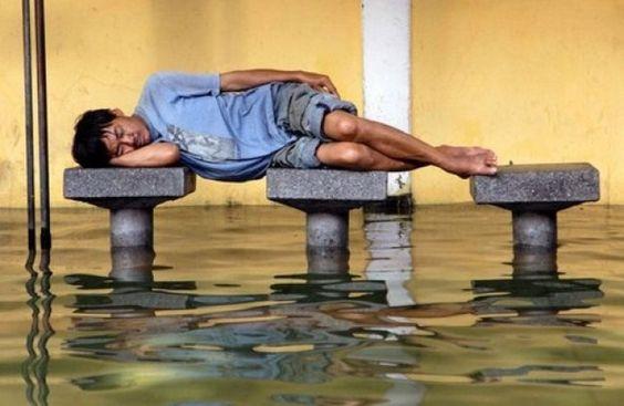 25 Υπέροχες στιγμές που οι άνθρωποι κοίταζαν τον ύπνο - https://kaftipiperia.com/