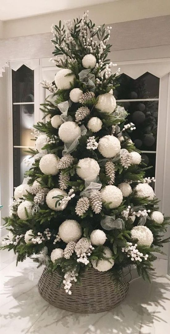 Oversized Christmas Ornament Ideas With Bleached Pinecones And Oversized White Pompo Christmas Tree Inspiration Christmas Decorations Rustic Diy Christmas Tree