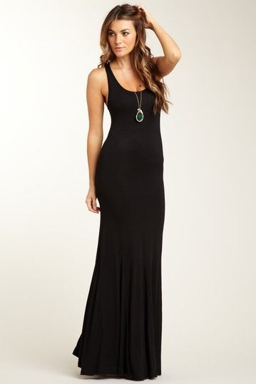 Tank maxi + simple long statement necklace