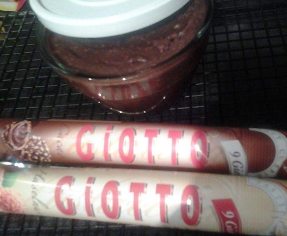 Rezept Aufstrich mit Giotto von Rochez von Heike2104 - Rezept der Kategorie Saucen/Dips/Brotaufstriche