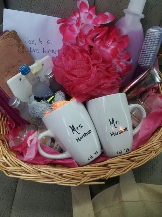 Wedding Gift Basket Ideas Pinterest : Bridal shower gift basket Gifts Pinterest I want, Shower gifts ...