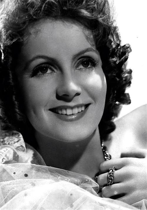 From camille greta garbo so beautiful 20s 30s for Greta garbo morte