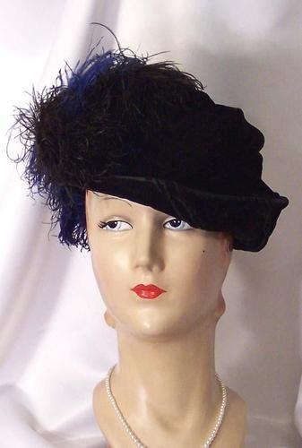Antique Edwardian Blue Black Ostrich Feathers Pleats Brimmed Hat 1900s