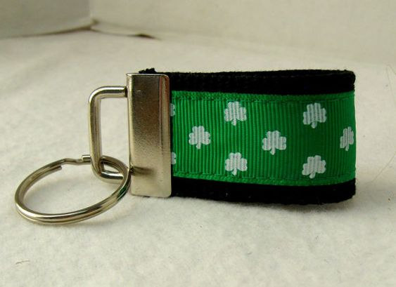 Shamrock Mini Key Fob St Patricks Key Chain Zipper by CreativeJenV (Accessories, Keychains & Lanyards, Keychains, fabric key fob, fabric keychain, mini key fob, mini key chain, mini keychain, shamrock key fob, saint patricks day, clover key fob, shamrock key chain, shamrock keychain, clover key chain, clover keychain, emerald green)