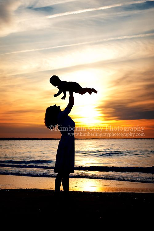 Great idea for a photo of you and Lily. Aiki Beach near the Statue of Liberty at sunset would be a great place to capture such a photo. About 35 minutes from Devon's;)