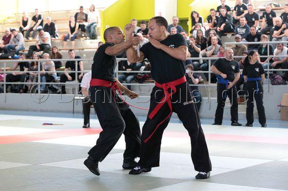 1er Championnat technique de Krav Maga qui s'est déroulé le 4 Mai 2013. Retrouvez tous les horaires des cours de Krav Maga dans les clubs de gym des Cercles de la Forme à Paris www.cerclesdelaforme.com #kravmaga #cdlf #sport #artsmartiaux #combat