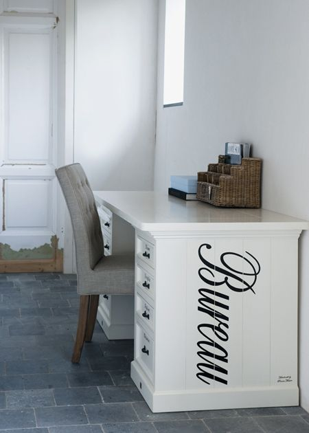 €999,- Bureau The Desk Cream HW/BLC #living #interior #rivieramaison: