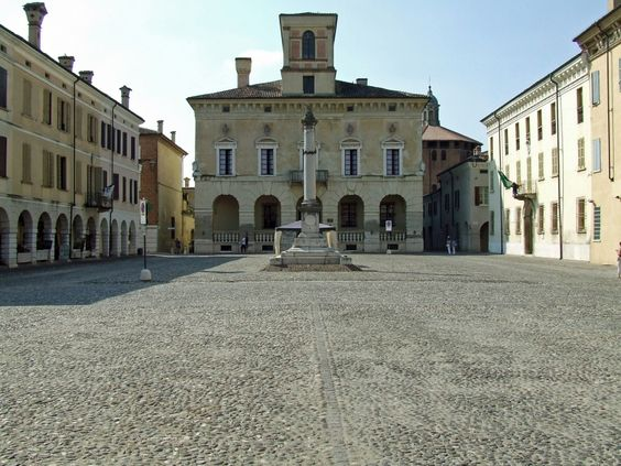 SABBIONETA, Mantova, Italy - Piazza Ducale