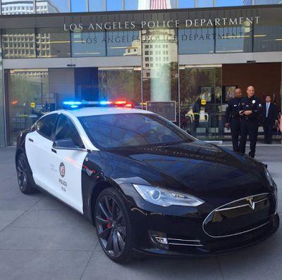 Planet Stars: Tesla Model S: Eνα αυτοκίνητο  Χτισμένο γύρω από τ...