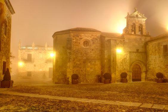 Plaza de San Mateo. Cáceres by Raúl Gómez on 500px