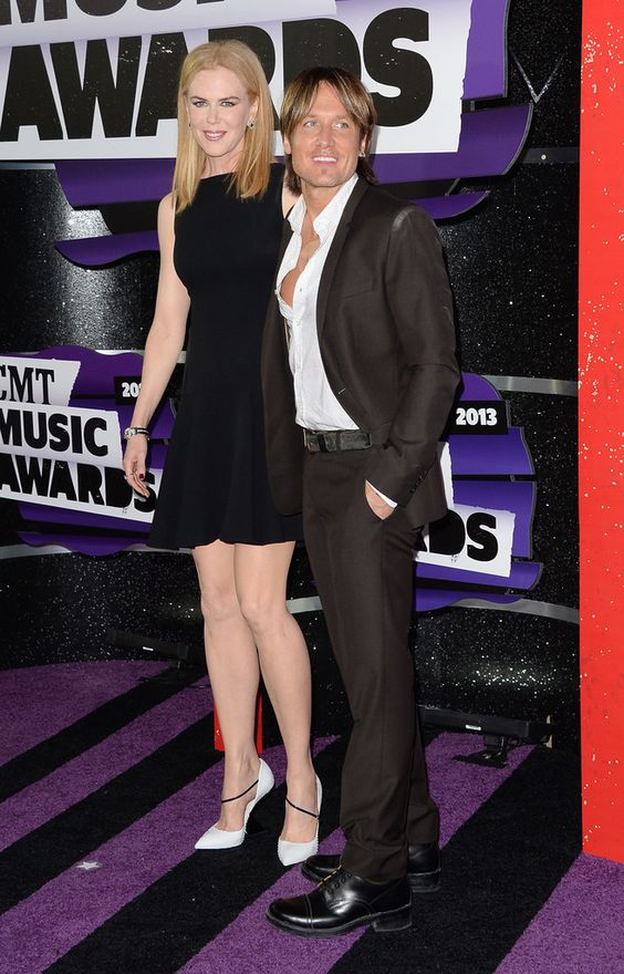 Keith Urban - Arrivals at the CMT Music Awards — Part 2