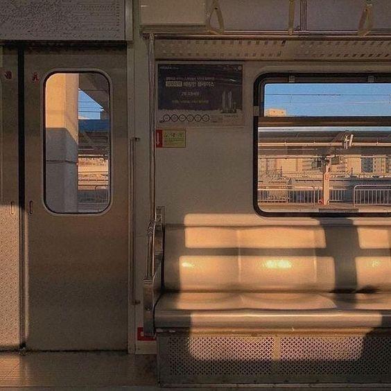 эстетичное фото в метро