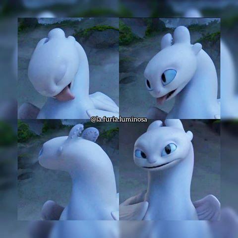 DreamWorks Lightfury Dragons Dragon Furia Luminosa /& HIPO Juego de Acci/ón