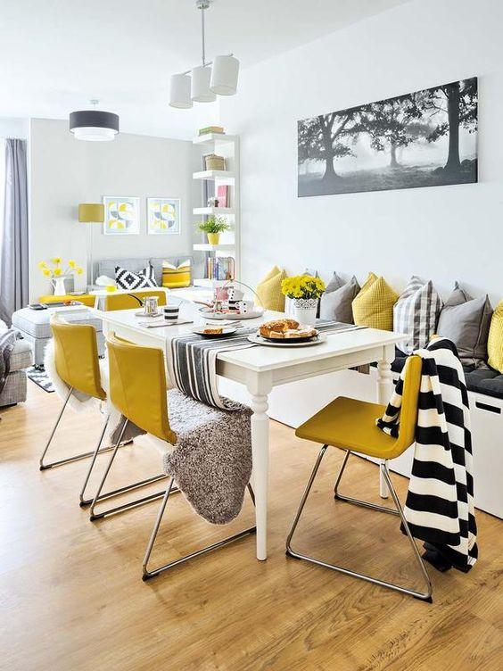 casa-moderna-comedor-blanco-y-amarillo