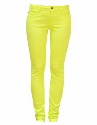 Cool! Gele broek van ONLY Skinny Nynne, nu 2 voor slechts € 49,95