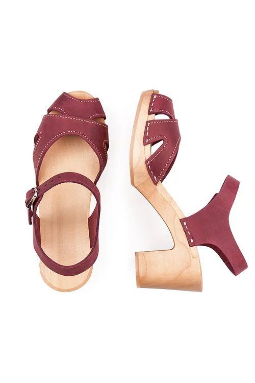 Tulipanowe Sandalki Teraz Na Wyprzedazy Shoes Costume Rings Fashion Accessories