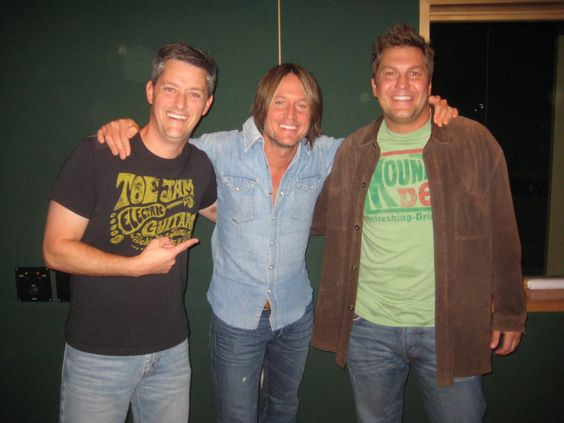 Keith Urban Surprised At His Own Event! (Video)    this is an outstanding musician, have seen him twice....and Kris is a friend of mine