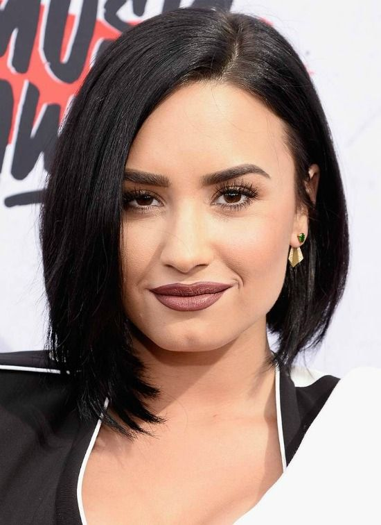 Top 32 Demi Lovato S Hairstyles Haircut Ideas For You To Try Short Hair Styles For Round Faces Demi Lovato Short Hair Demi Lovato Hair