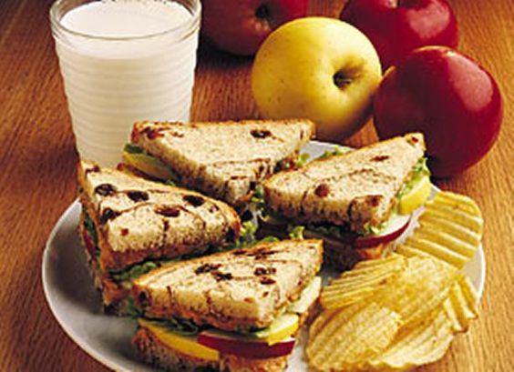 Peanutty Apple Sandwiches...yum!  not sure about the mustard and lettuce though