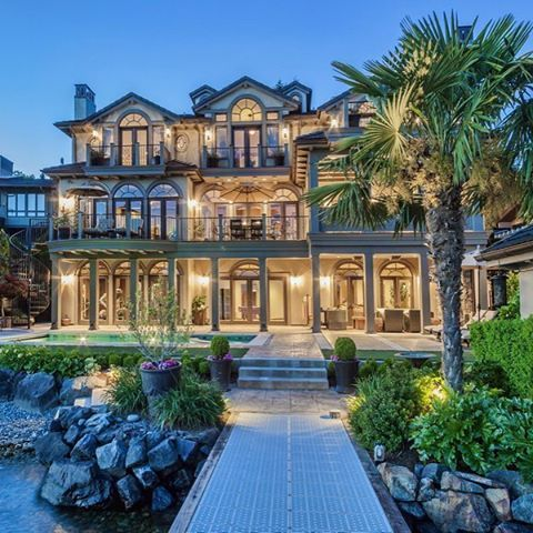 54 stunning dream homes mega mansions from social media for Nice house music
