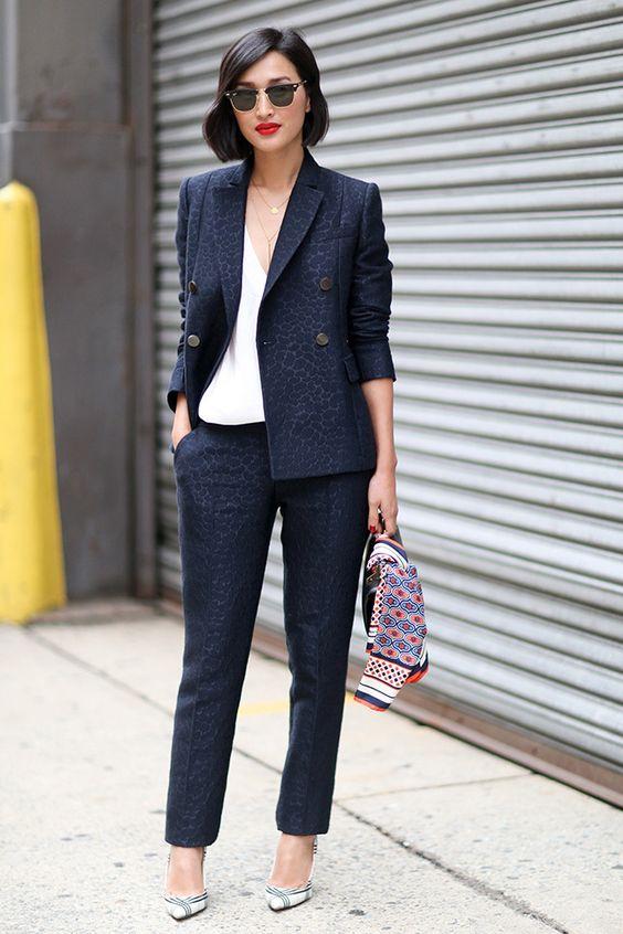 Образы для офиса: примеры на фото модных и строгих вариантов для летнего гардероба |Vogue