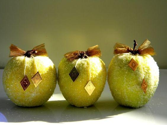 vallen decor appels krijgen een laagje vorst voor de winter, ambachten, decoupage, seizoensgebonden vakantie d cor
