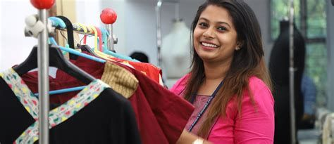 We Ve Gathered Our Favorite Ideas For Fashion Design Colleges Course In Chennai Bangalore Fashion Designing Colleges College Photography Fashion Design Classes