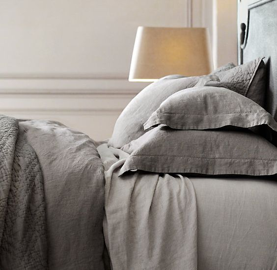 Stonewashed belgian linen bedding collection rh king for Duvet covers restoration hardware