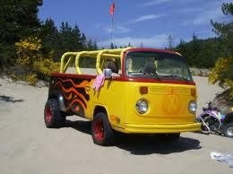 vw camper vans - now thats a proper beach buggy!