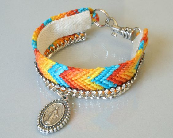 Friendship bracelet. #friendshipbracelet #chevron #bracelet #blessedbyamanda