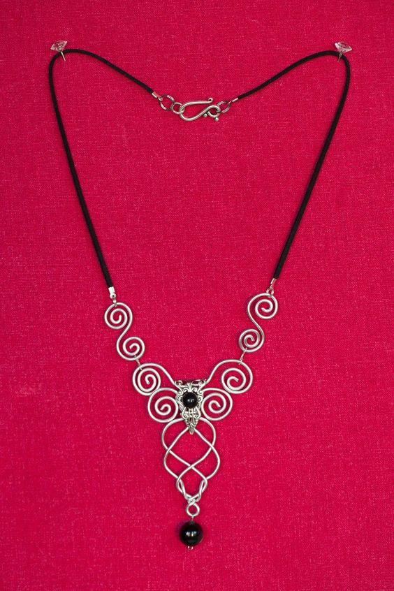 Collier Zefirum (Wire) style féérique elfique avec pendentif en fil d'aluminium…