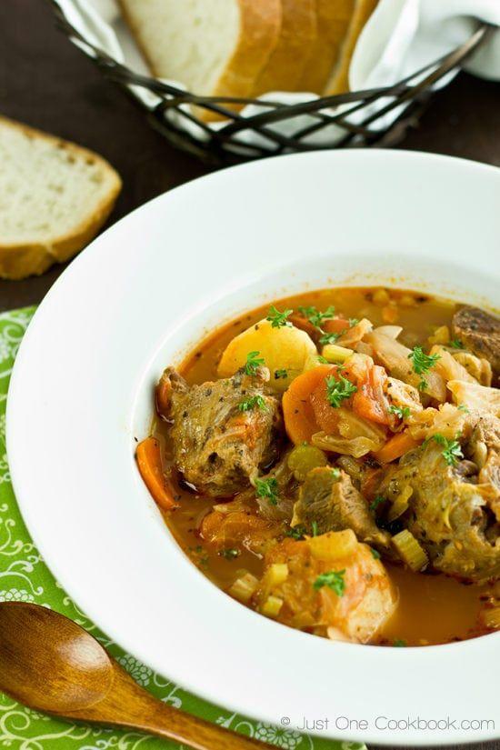 Oxtail Soup - Hong Kong Style Borscht