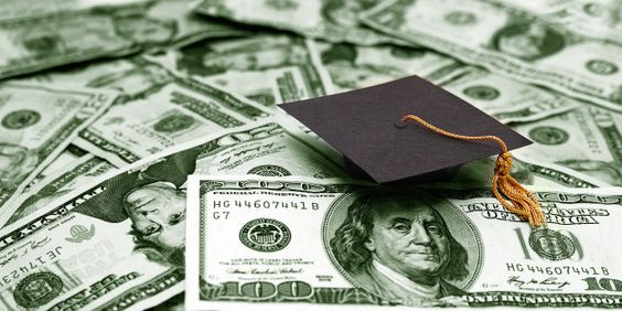 10 Weird But Worthy Scholarships for Students