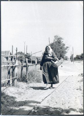 Nidden, Fischerfrau