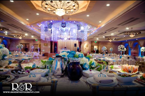 Anoush Catering & Banquet | Wedding Venue | Blue & White Wedding | Wedding Photography | R and R Creative Photography | #wedding #anoush #catering #banquet #photography #venue #blue #white #RandRCreativePhotography