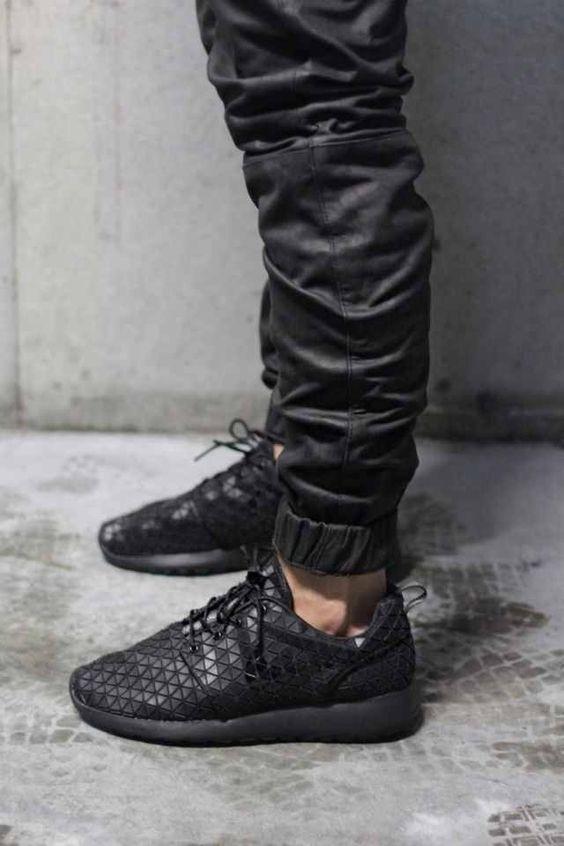 Nike Roshe Run On Feet