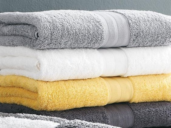 yellow grey black white bathroom | ... fun shaggy yellow and grey striped floor mats for the bathroom too