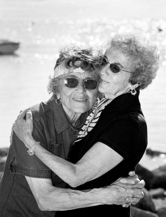 CanariasGayLes y Asoc.Tayri lgtb: 10 fotografías de parejas lésbicas que tienen más ...