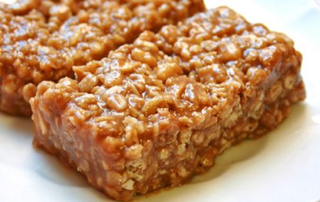 granola-peanutbutter-bar