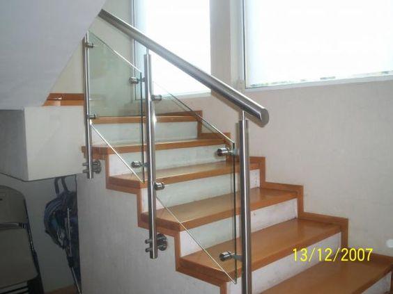 Barandales de cristal para escaleras buscar con google - Barandillas escaleras modernas ...