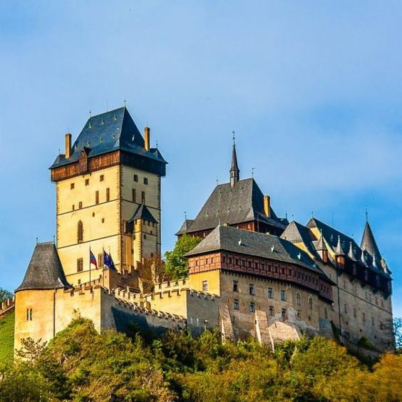 The karlstejn cadtle near prague czech republic via for Where is prague near
